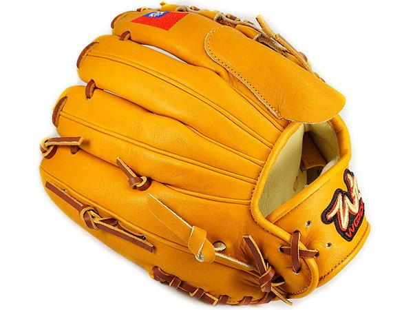 WOODZ 11.75 inch Custom Glove for Mr. McKenzie