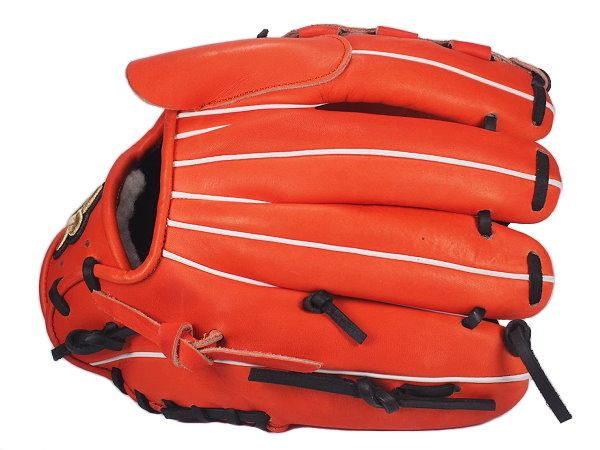 WOODZ 11.75 inch Custom Glove for Mr. Gracia