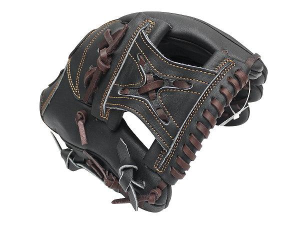 ZETT Pro Model 11.25 inch Black Infielder Glove