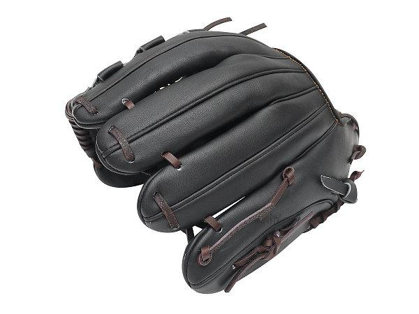 ZETT Pro Model 11.75 inch Black Infielder Glove